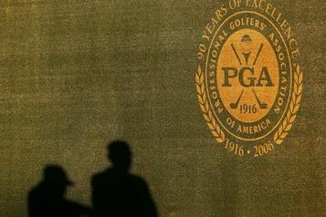 COVID-19: le circuit PGA prévoit noliser des avions pour les golfeurs)