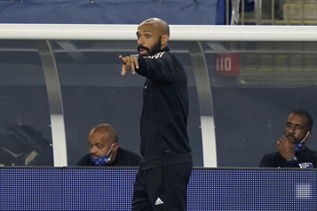 Club de Foot Montréal Thierry Henry de retour enAngleterre? )