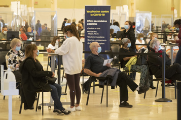 Vaccination en Montérégie «On est loin de se tourner lespouces»)