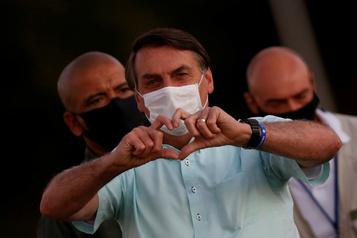 Regain de popularité du président Bolsonaro dans les sondages)