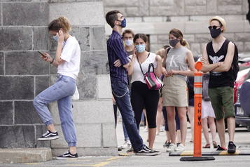 Les jeunes, de grands oubliés de la pandémie?)