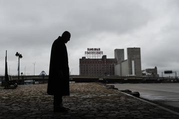 COVID-19 Un homme sur cinq en «détresse psychologique élevée» à Montréal)