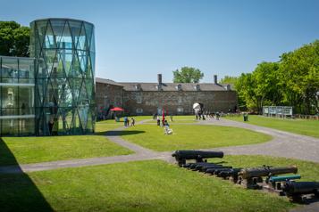 Fermeture permanente du Musée Stewart)