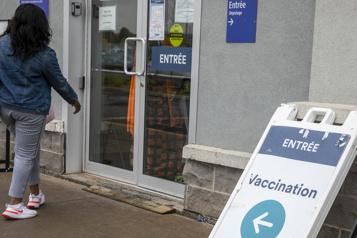 Vaccination Nouvelle offensive de communication du gouvernement du Québec)