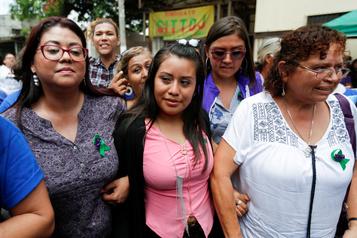 Acquittement d'une Salvadorienne jugée pour avoir perdu son bébé