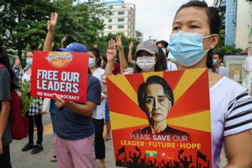 Birmanie De nouvelles manifestations réprimées par l'armée)