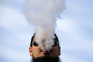 Vapotage Ottawa veut réduire la quantité de nicotine autorisée)