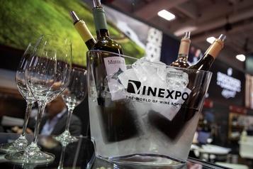 Salon Vinexpo: exporter du vin malgré les taxes et le coronavirus