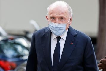 Un musée à Paris pour le milliardaire François Pinault)