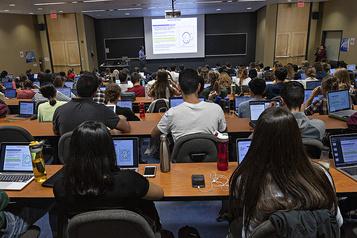 Le vérificateur général examine les prêts aux étudiants