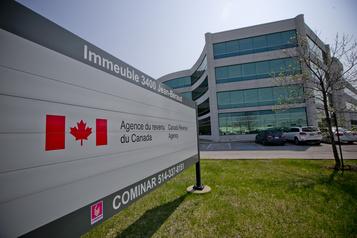 Près de 789 000 Canadiens ont demandé la prestation d'urgence lundi