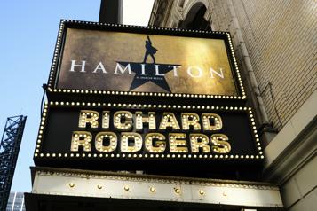 New York Les comédies musicales les plus célèbres font leur retour à Broadway)