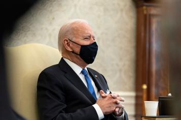 Mesures sanitaires Attention à ne pas rouvrir trop vite, exhorte Biden)