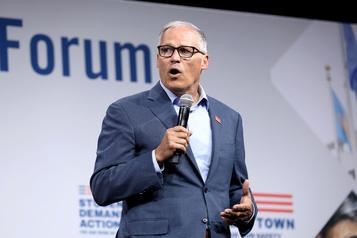 Nouvel abandon d'un candidat démocrate dans la course à la Maison-Blanche