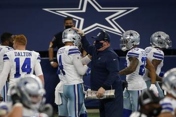 «Urgence médicale» Les Cowboys annulent leur entraînement, mais pas à cause de la COVID-19)