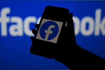 Facebook donne plus d'intelligence artificielle aux administrateurs des groupes)