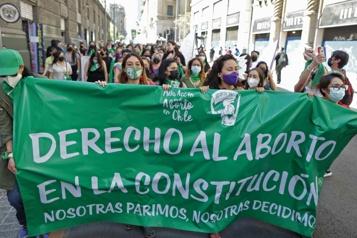La dépénalisation de l'avortement franchit une étape au Chili)