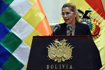 COVID-19: la présidente de la Bolivie annonce son rétablissement)