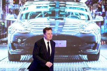 Elon Musk devient le deuxième homme le plus riche au monde)