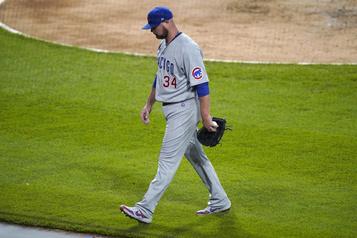 Les Cubs coupent les ponts avec le lanceur Jon Lester)