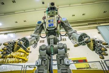 La Russie lance avec succès un robot humanoïde dans l'espace