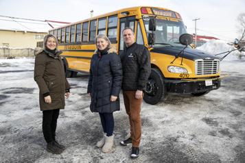 Commande de 60autobus scolaires chez Lion Électrique  Un record pour le constructeur, de l'audace pour le transporteur)
