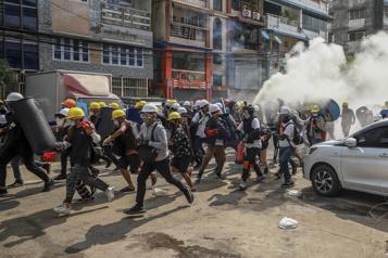 Birmanie Journée de répression «la plus sanglante», au moins 38 morts)