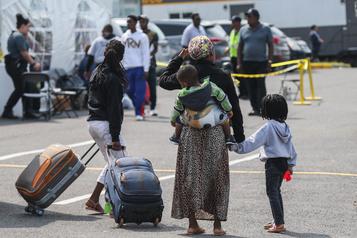 Parrainage de réfugiés  Québec mène des enquêtes sur «l'intégrité» de certains organismes )