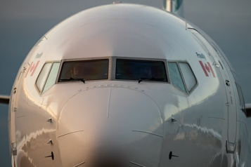 « Carburant d'aviation durable » Boeing promet des avions mus par du carburant sans pétrole d'ici 2030)