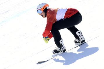 Coupe du monde de snowboard cross Accrochage coûteux pour Éliot Grondin en petite finale)