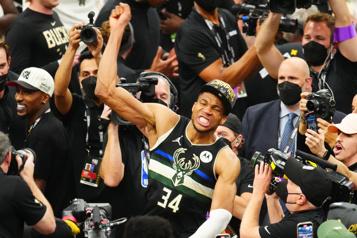 Les Bucks de Milwaukee champions de la NBA)