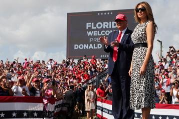 En Floride Trump vante une croissance «explosive», Biden l'accuse de propager le virus)