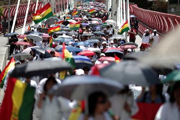 Bolivie: appel à la grève générale, face à la victoire probable de Morales