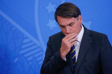 Jair Bolsonaro qualifie Greenpeace de «déchet»