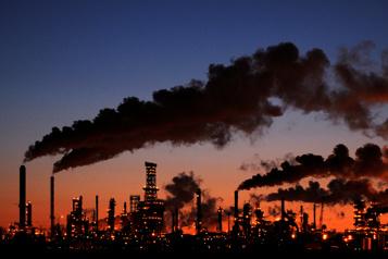 Rapport de l'AIE Les émissions de carbone en hausse, malgré l'urgence climatique )
