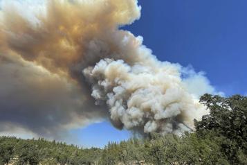 Incendie en Californie 2000 nouvelles évacuations)