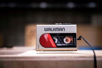 Japon: 40 ans après, le légendaire Walkman existe toujours
