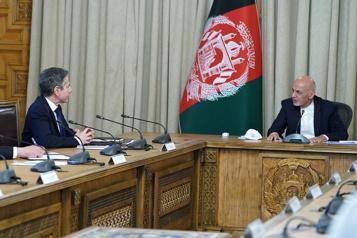 Le chef de la diplomatie américaine promet un «partenariat durable» avec l'Afghanistan)