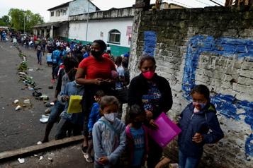 Tapachula, ville-prison au Mexique pour des milliers de migrants)
