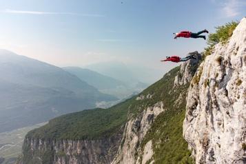 Le nord de l'Italie, le paradis des sauts extrêmes)
