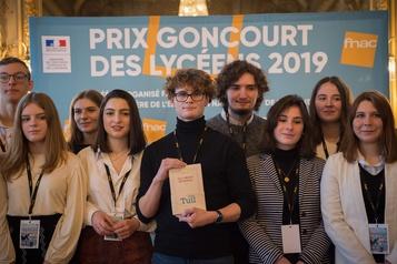 Le Goncourt des Lycéens attribué à Karine Tuil