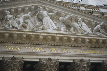 À Wall Street, le Dow Jones en forme grâce à Nike)