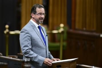 Modification de la Constitution  Les élus fédéraux prennent acte du projet de loi de Québec)