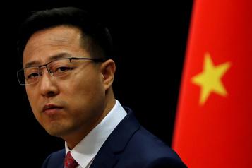 «Tuerie de masse»: Pékin réfute les propos de Trump sur le Covid)