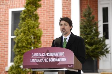 La jeunesse prend le micro pour interroger Trudeau