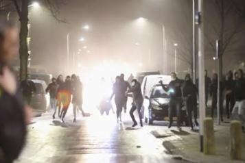 Pays-Bas Le couvre-feu maintenu malgré les émeutes)