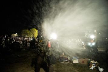 Minneapolis Des journalistes pris à partie par la police lors d'une manifestation)