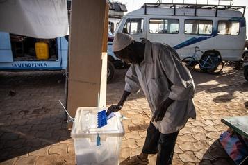 Burkina Faso Des milliers d'électeurs privés de vote sous la menace djihadiste)