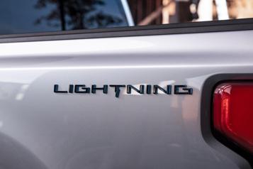 Le prochain F-150 électrique s'appellera Lightning et sera dévoilé le 19mai)