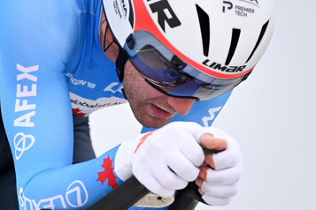 Cyclisme sur route «J'ai eu besoin de me parler», admet Hugo Houle)